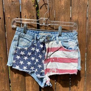 TopShop Moto Brooke American Flag Jean Shorts